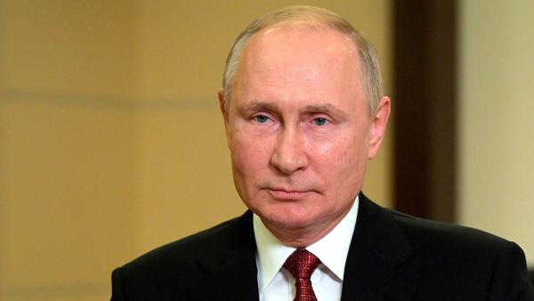 Путин обратился к россиянам накануне выборов