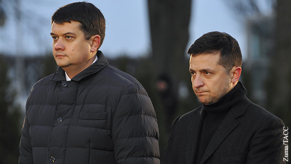 Зеленский многим обязан Разумкову, но теперь он стал угрозой для его власти