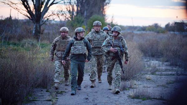 Зеленский приехал на линию соприкосновения в Донбассе