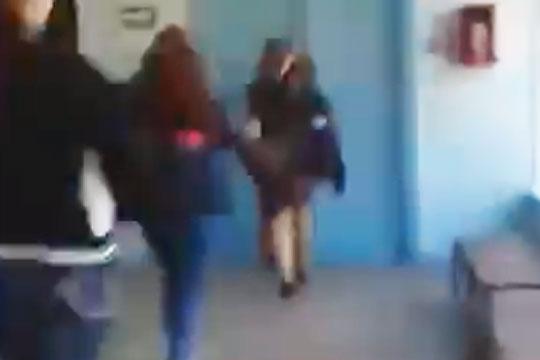 Побег студенток от керченского стрелка попал на видео
