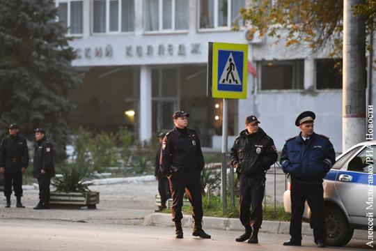 В день трагедии керченский колледж охраняла бабушка