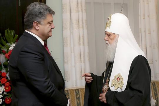 Мнения: Почему Порошенко не стоило связываться с религией