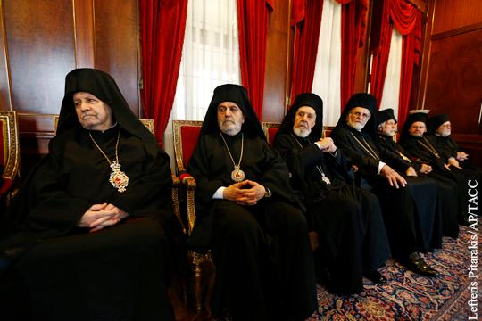 Стало известно о решении Константинополя распустить архиепископию РПЦ в Европе