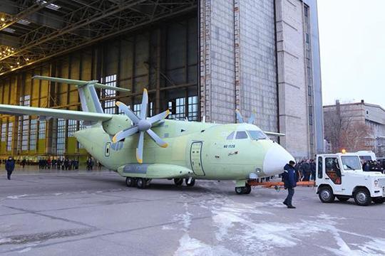 Общество: Россия создает замену устаревшим украинским самолетам