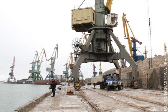 Стало известно, как Майдан обрушил перевалку грузов в азовских портах Украины