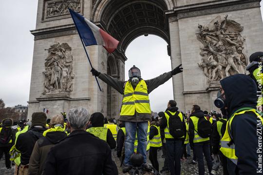 Французское правительство увидело угрозу госпереворота