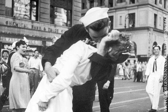 Скончался герой одного из самых известных фотоснимков в истории