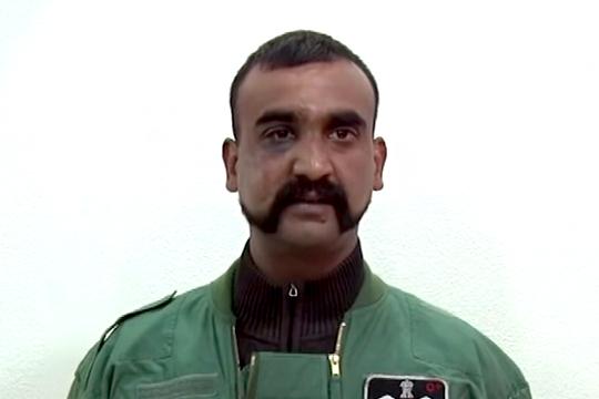 Сбитый над Кашмиром индийский пилот рассказал о пытках в Пакистане