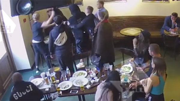 Опубликовано полное видео избиения чиновников Кокориным и Мамаевым