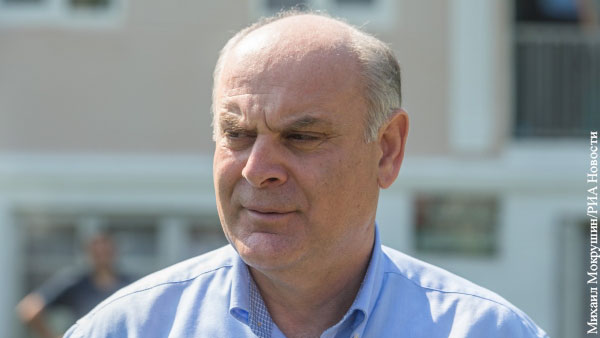 В мире: Загадочная болезнь кандидата в президенты ввергла Абхазию в политический кризис