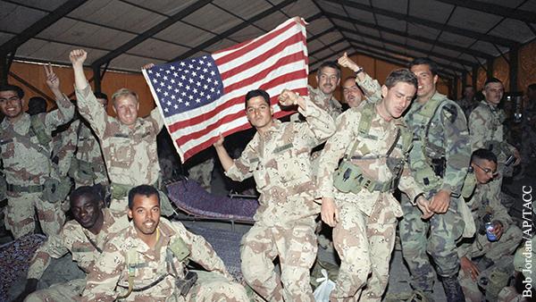 Как американцев учат любить армию
