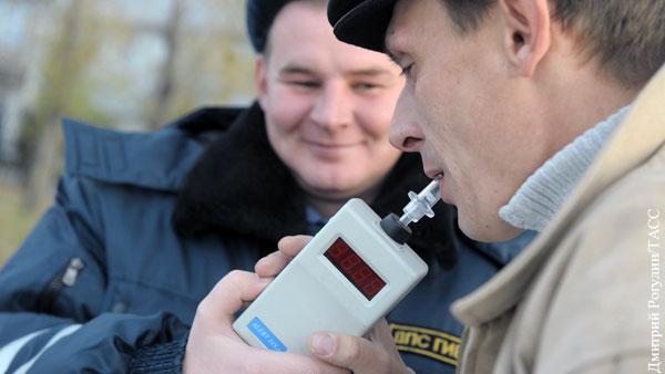 Водителей решили по-новому проверять на алкоголь и наркотики