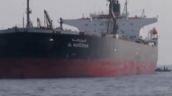 На атакованном в Оманском заливе танкере могли быть россияне