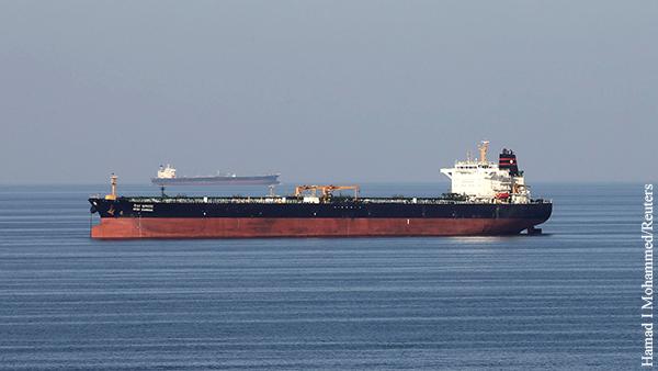 Эксперт указал на интерес США в атаке на танкеры в Оманском заливе