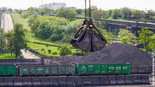 Украина собралась снова пустить поезда в Донбасс