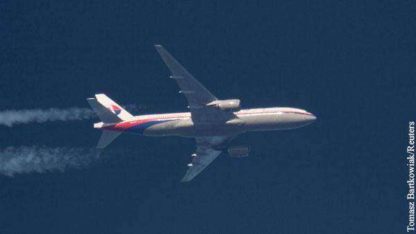 Перед катастрофой пассажиров МН370 оставили без кислорода