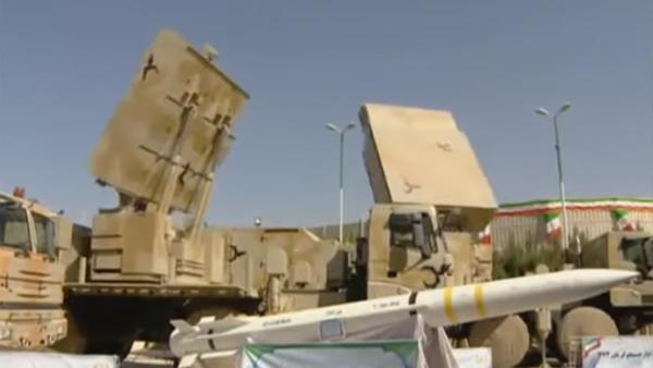 Роухани сравнил новейший иранский ЗРК «Бавар-373» с российским С-400