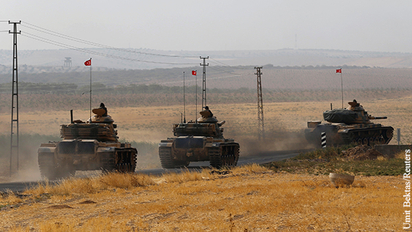 Турция отправила в Идлиб бронетехнику и военных