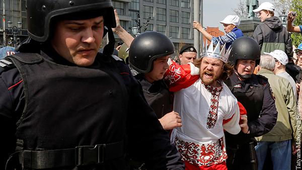 Мнения: Любыми революциями рулят психопаты