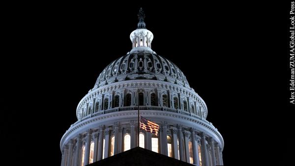 В Сенате США призвали нанести сокрушительный удар по нефтяным объектам Ирана